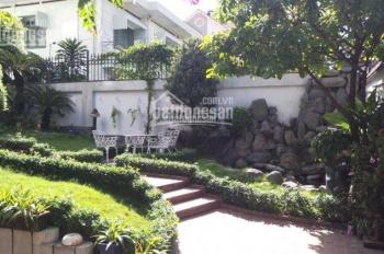 Biệt thự sân vườn, góc Ngô Thời Nhiệm - Nguyễn Thông, P7, quận 3, DT: 12 x 32m, 0909500643