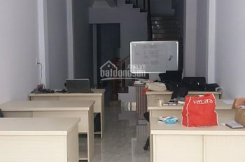 Cần cho thuê mặt bằng kinh doanh hoặc làm văn phòng công ty đường lớn gần sân bay Tân Sơn Nhất