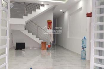 Nhà 2 lầu 88m2, giá 3,15 tỷ Thích Quảng Đức, Phú Cường, Thủ Dầu Một, LH Vĩnh 0915416419