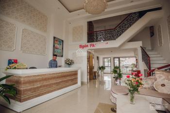 Cần tiền nên gia đình cần bán gấp khách sạn còn mới, nội thất đầy đủ. Liên hệ: 0911304723