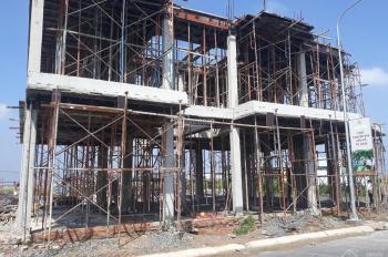 Bán nhà đang trong quá trình hình thành mặt tiền lộ giới 45m. SHR có ngân hàng cho vay.