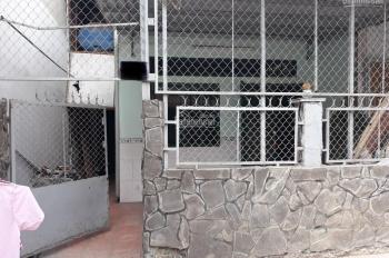Cần bán nhà cấp 4, có sổ hồng, hẻm thông 3m. Phường Đông Hưng Thuận, Quận 12