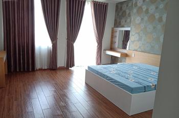 Cần bán căn nhà 1 trệt 2 lầu sân thượng, KDC Sadeco Phước Kiển A, giá 7.6 tỷ, sổ hồng riêng