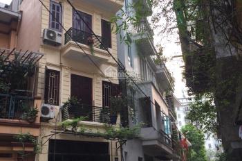Cần cho thuê nhà ngõ Thái Thịnh, 80m2 x 3,5 tầng, cách phố 20m. Giá thuê 20tr/tháng