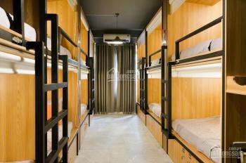 Dorm giá rẻ, full nội thất, trung tâm Quận 1 cho thuê tháng