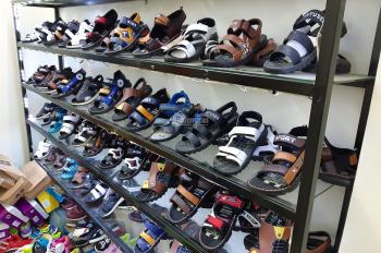 Sang nhượng cửa hàng giày dép nam nữ thời trang DT 50 m2 mặt tiền 5 m đường Hà Trì, Q. Hà Đông, HN