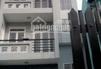 Chính chủ cần bán căn nhà 1 trệt 2 lầu mặt tiền đường Nguyễn Văn Cừ TP. Bà Rịa 0379053054