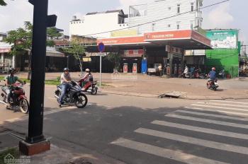 Bán cây xăng góc ngã 4 đèn đường Đồng Đen - Hồng Lạc, P. 10, Q Tân Bình 122 tỷ