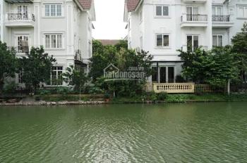 Cần bán biệt thự Vinhomes Riverside Hoa Bằng Lăng, DT 569m2, giá 90tr/m2, 0962678988
