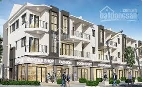 Kẹt tài chính cần bán nhà mặt phố D10 Suncasa. Cơ hội tốt để đầu tư.