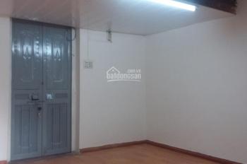 Bán căn hộ tập thể Triều Khúc, Nguyễn Trãi , khép kín ,sổ đỏ chính chủ, giá 670 triệu