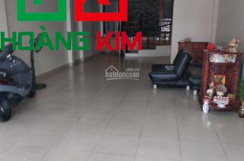 Cho thuê nhà 3 lầu  5x20m đường Huỳnh Lan Khanh, P. 2, Q. Tân Bình