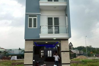 Bán nhà thuận giao 2 kdc thuân giao thuận an bd 2 lầu 1 trệt mới xây dựng xong -Giá 3 tỷ-0987553889