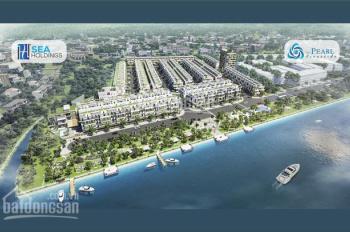 Nhà Phố 1 trệt 3 lầu Mặt tiền đường trung tâm bến Lức ven sông Vàm cỏ chỉ 2,1 tỷ/căn