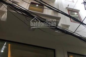 Chính chủ cần bán nhà riêng phố Đặng Tiến Đông, Đống Đa, 32 m2 x 4 Tầng. Về ở ngay. LH: 0902139199