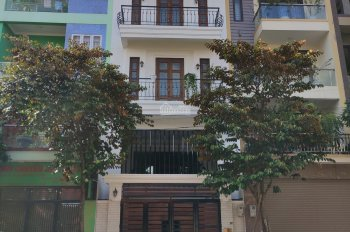 Cho thuê căn hộ 3 phòng ngủ view sông hồng CC Imperia sky garden 423 minh khai miễn 2 năm phí DV