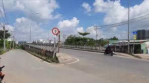 Bán đất lô góc 2 mặt tiền đường Phú Hữu, quận 9, vị trí đẹp, kinh doanh có lời. LH: 093879869