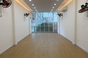 Văn phòng MẶT TIỀN đường CỘNG HÒA công ty gia đình còn dư 2 Sàn 80m cần người thuê dài hạn
