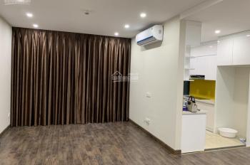 Xem nhà 24/24h - Cho thuê chung cư GoldSeason 47 Nguyễn Tuân, 109m2, 3 PN, đồ cơ bản 13 tr/th