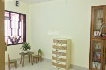 Cần bán nhà tập thể 60m2, phòng 406 khu TT Viện kiểm sát 2 ngõ 84/7 Ngọc Khánh, Ba Đình, Hà Nội