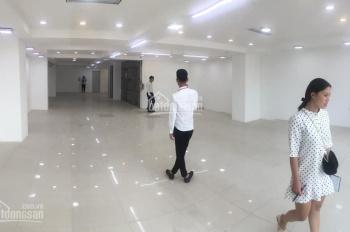 Mặt bằng khu Ngã Tư Sở làm showroom, DT 85m2, 200m2, LH 0914.477.234