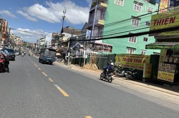 Bán nhanh khách sạn mặt tiền đường, khang trang 3 tầng đường Nguyễn Công Trứ - Đà Lạt