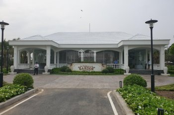 Bán gấp lô đất nên biệt thự VIP p. Long Phước Q9, 1000m2 giá 25 tỷ, có hồ bơi riêng, vườn hoa