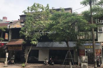 Cho thuê nhà mặt phố Huỳnh Thúc Kháng, Đống đa, dt 300m2x2t, mặt tiền lớn 10m, cho thuê hàng ăn