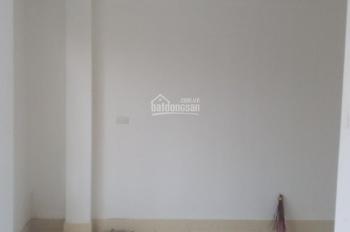Chính chủ cần bán nhà mới xây 32m2 x 5 tầng ngõ Minh Khai, Hà Nội, giá: 3,65 tỷ, LH: 0967819777