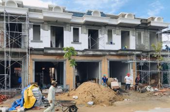 Cần tiền bán gấp lô nhà phố 60m2 khu Village BD giá 1,4 tỷ/căn. LH: 0961302349