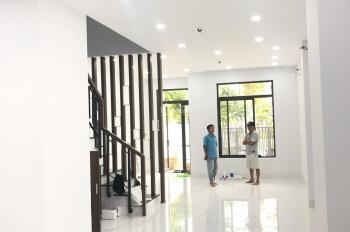 Cần cho thuê gấp nhà riêng Lakeview City, nội thất đẹp, giá 26tr/tháng