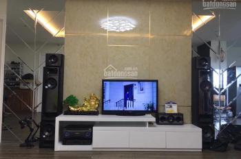 Bán căn hộ tầng trung gồm 3 phòng ngủ 103m2 tại Đại Kim Building, Hoàng Mai. Full nội thất ảnh 100%