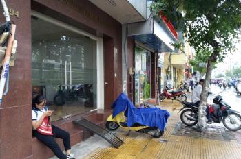 Chính chủ cần bán nhà mặt tiền đường 494 Cộng Hòa, Quận Tân Bình. LH: 0933270774