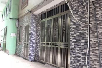 Cho thuê nhà nguyên căn tại 131 Ngọc Hồi, Thanh Trì, Hà Nội. Nhà 4 tầng, DT 35m2/sàn.