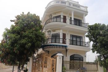 Bán biệt thự Pháp, gần sân golf Đồng Mô, cách khu CNC Hòa Lạc 4km. Liên hệ: 0982416892