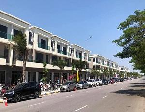 Nhà phố liền kề đường rộng 56m