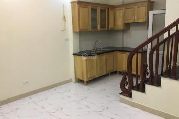 Bán nhà gần Bia Bà - La Khê (3tầng*33m2) mặt tiền rộng, giá 1.7 tỷ. 0974491306