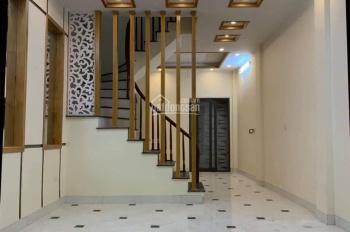 Nhà riêng ngõ Thống Nhất, Đại La, Trần Đại Nghĩa, HBT, 38m2, 5 tầng, giá 2.95 tỷ, 0913571773