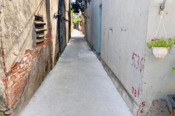 Bán đất Bình Minh , Trâu Quỳ ,Gia Lâm ngay gần đường 5a dt 47m2 giá chỉ 18tr/m2. lh 0987498004