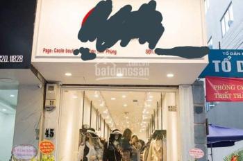 Cho thuê sang nhượng cửa hàng thời trang mặt phố Phan Đình Phùng, đông đúc sầm uất vỉa hè rộng
