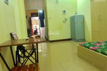 Chính chủ còn phòng 30m2 tại 58 Đào Tấn, khép kín đủ đồ, điện nước giá dân, ở khi hết tháng 12