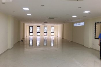 Cho thuê nhà mặt phố Khâm Thiên Agribank hết hợp đồng 180m2x2 tầng, mặt tiền 7,5m