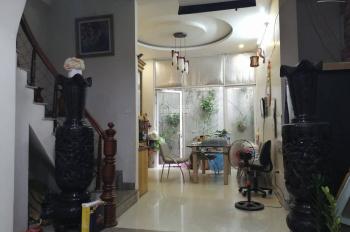 Nhà đẹp lung linh phố Vương Thừa Vũ, ô tô đỗ cổng, 71m2x5T, chủ nhà thiện chí, tin chuẩn 100%