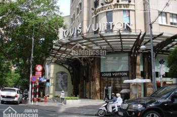 Bán nhà mặt tiền đường Lê Thị Riêng, phường Bến Thành, quận 1. Giá rẻ bất ngờ