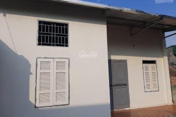 Bán nhà cấp 4 mới xây, địa chỉ: Thôn Lại Hoàng, xã Yên Thường, Gia Lâm, Hà Nội