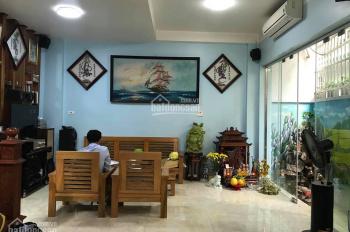 Bán nhà mặt phố Vũ Tông Phan, Thanh Xuân, 38m2, kinh doanh, chỉ hơn 5 tỷ. 0936996823.