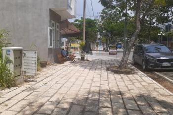 Đường Nguyễn Tất Thành, kế bên nhà thi đấu Bà Rịa. Con đường chính khu sầm uất, giá rẻ nhất 3.16 tỷ