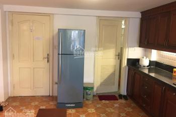 Cho thuê căn hộ dịch vụ tầng 2 đủ tiện nghi phố Trần Hưng Đạo, gần cung Văn Hoá, 100m2
