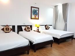 Sang nhượng khách sạn Đường Cống Quỳnh sát Bùi Viện, Phường Phạm Ngũ Lão, Quận 1. DT: 6.6 x 17m.