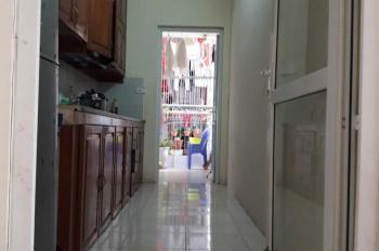Cần tiền bán gấp căn chung cư 2 phòng ngủ ban công Đông Nam trong khu đô thị Văn Quán